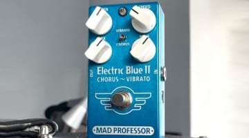 Mad Professor Amplification Electric Blue II Chorus Vibrato