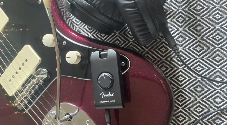 First Look- Fender Mustang Micro