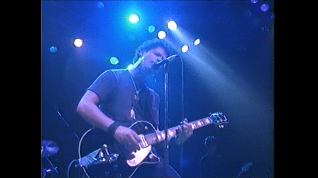 Chris Cornell in 1994 with his black Gretsch 6128T