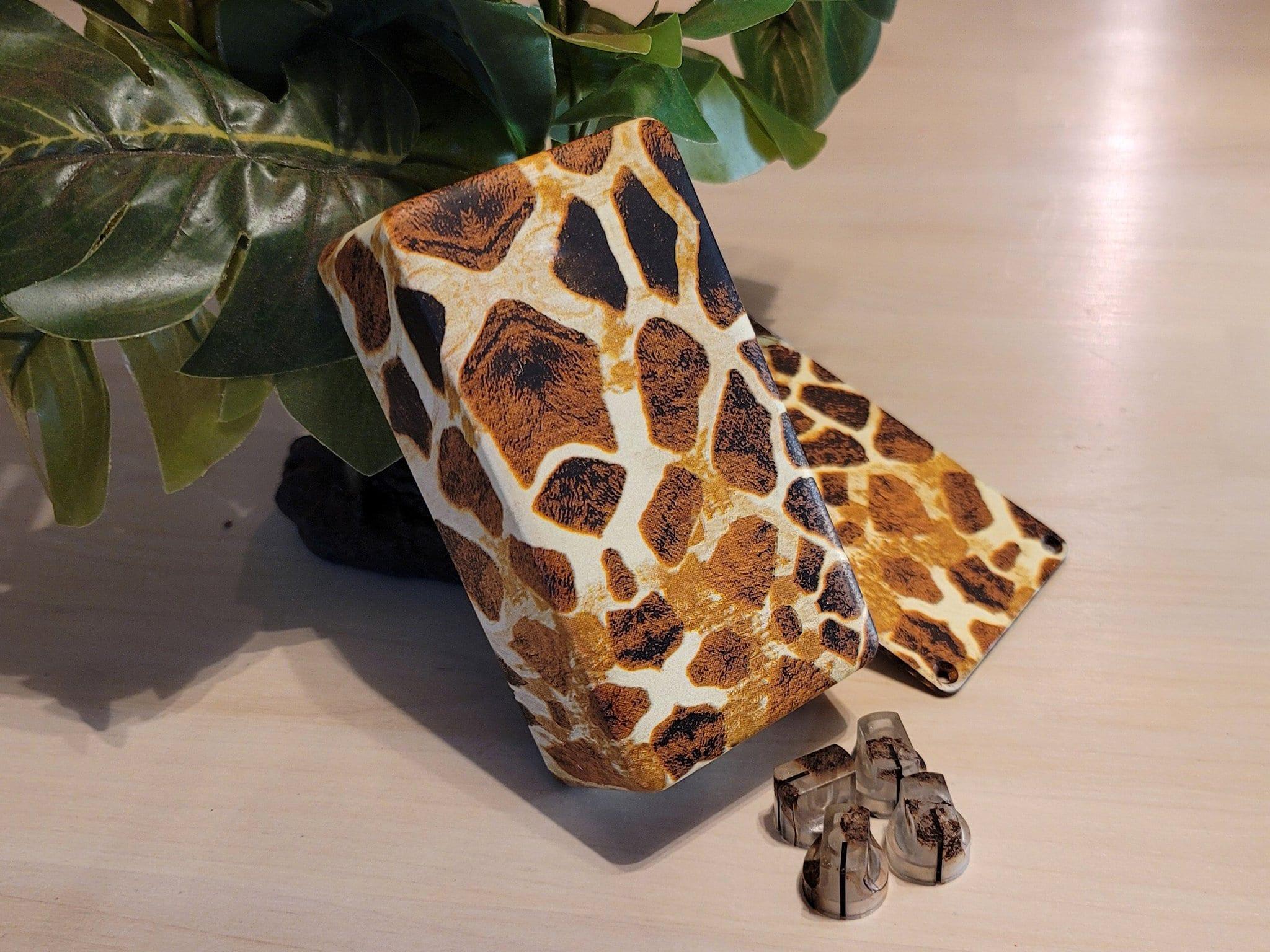 Gear Ant Giraffe Print pedal enclosure