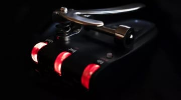Gamechanger Audio Bigsby Pedal controls