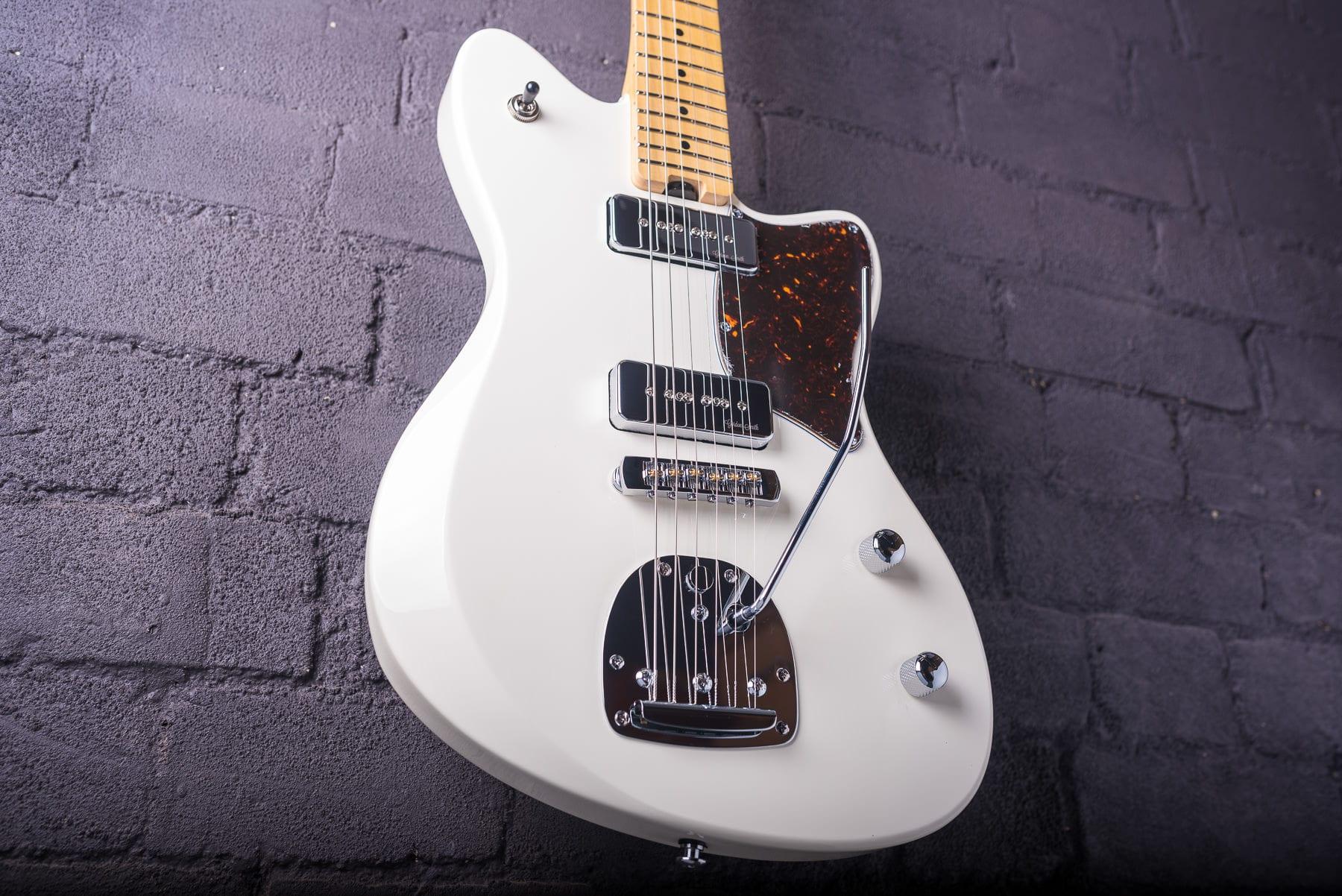 Gordon Smith Guitars Gatsby Launch Edition in White