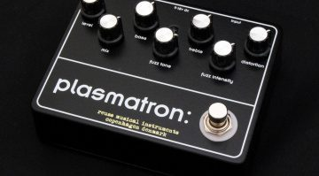 Mogwai's Stuart Braithwaite gets signature Reuss Effects Plasmatron