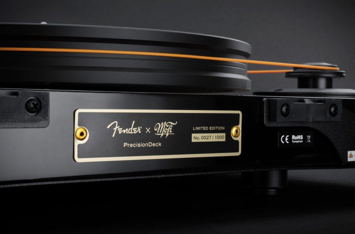 MoFi Electronics - Fender x MoFi PrecisionDeck Limited Edition