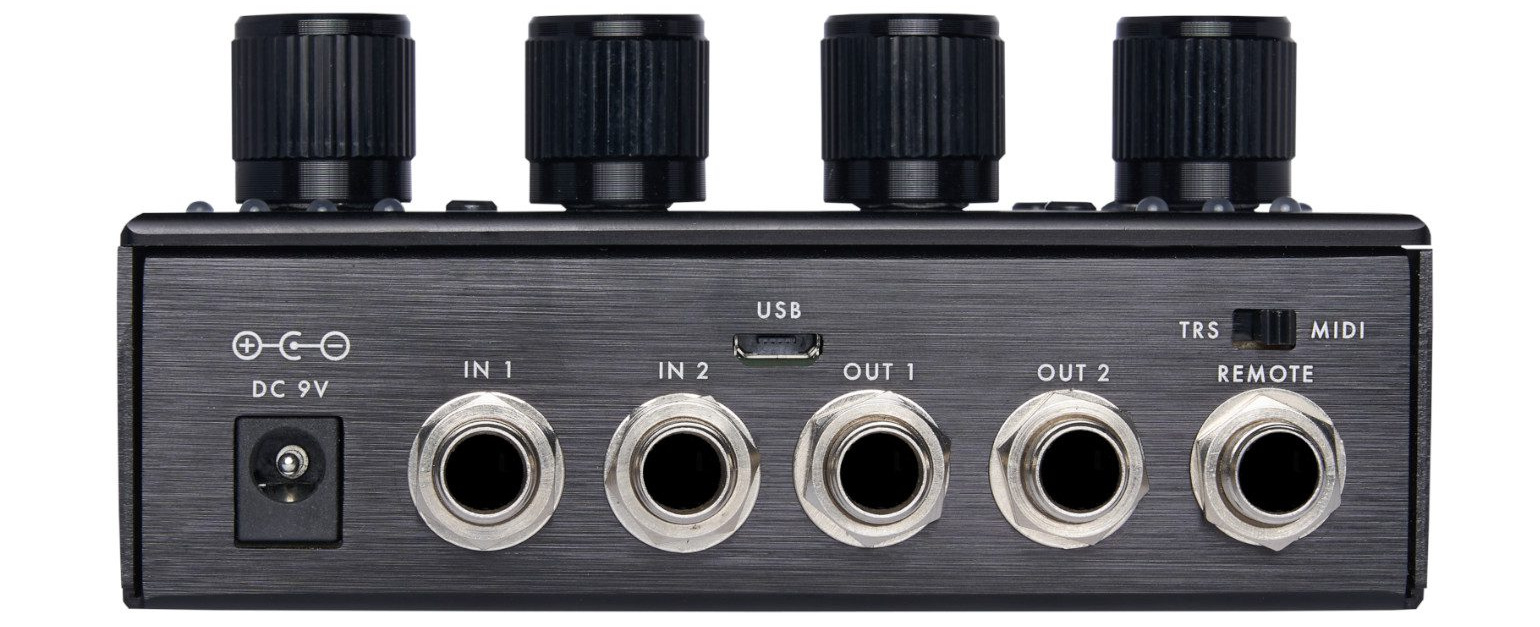 Pigtronix Echolution 3 Stereo Multi-Tap Delay rear panel connections