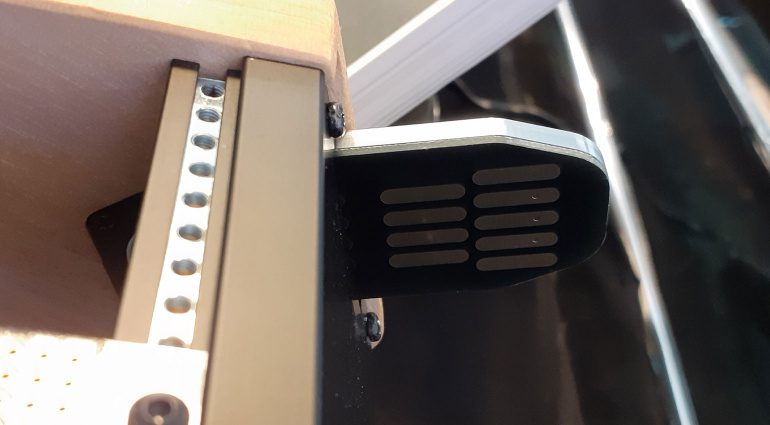 LeafAudio Flex Pro power connector