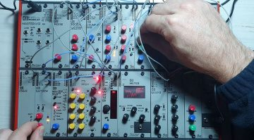 Tangible Waves Synth Explorer